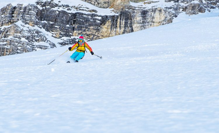 teaching skiing skills